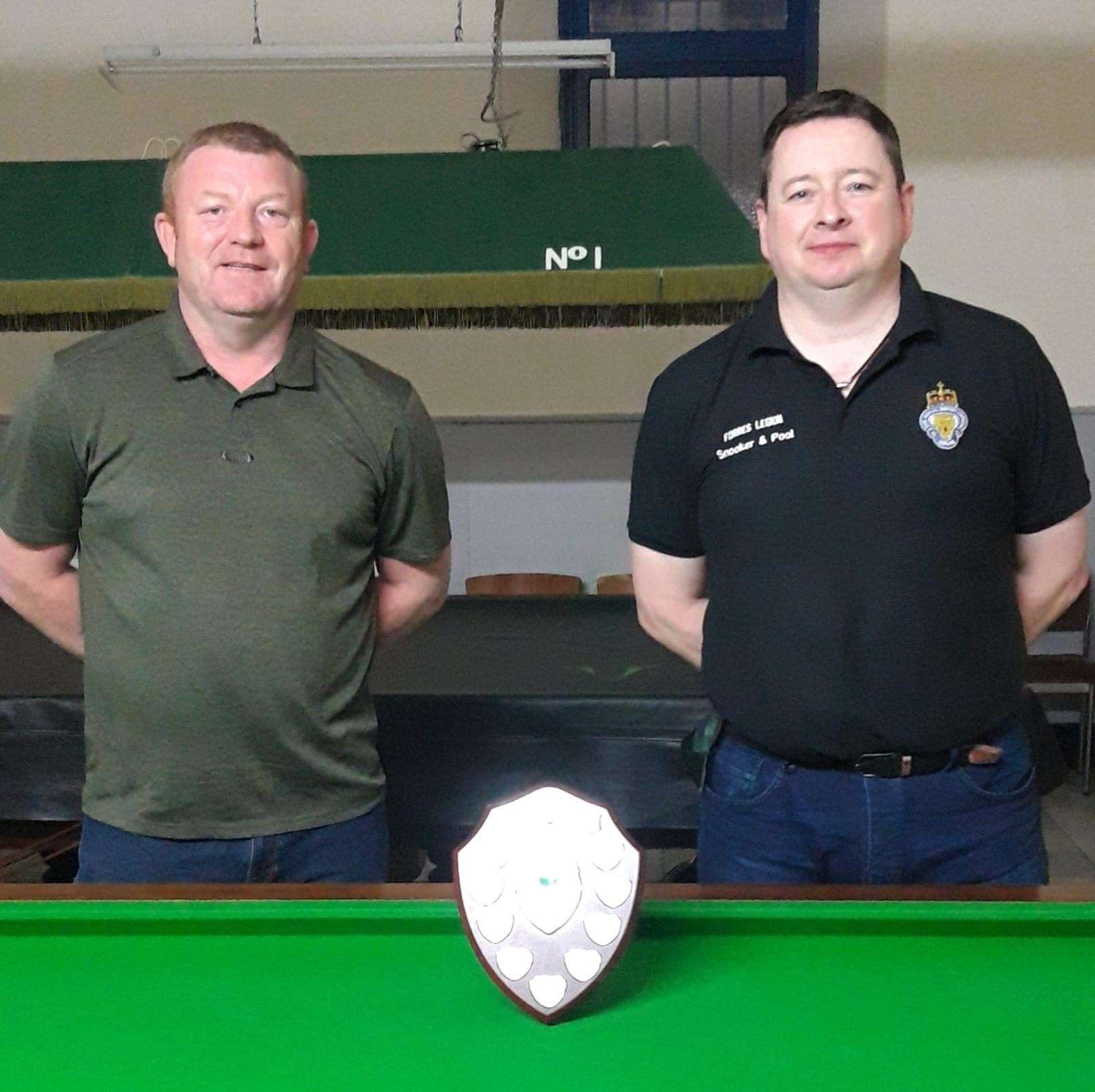 Runner-up Alex Cooper left and Stephen Hepburn, who won the final on the last black ball.