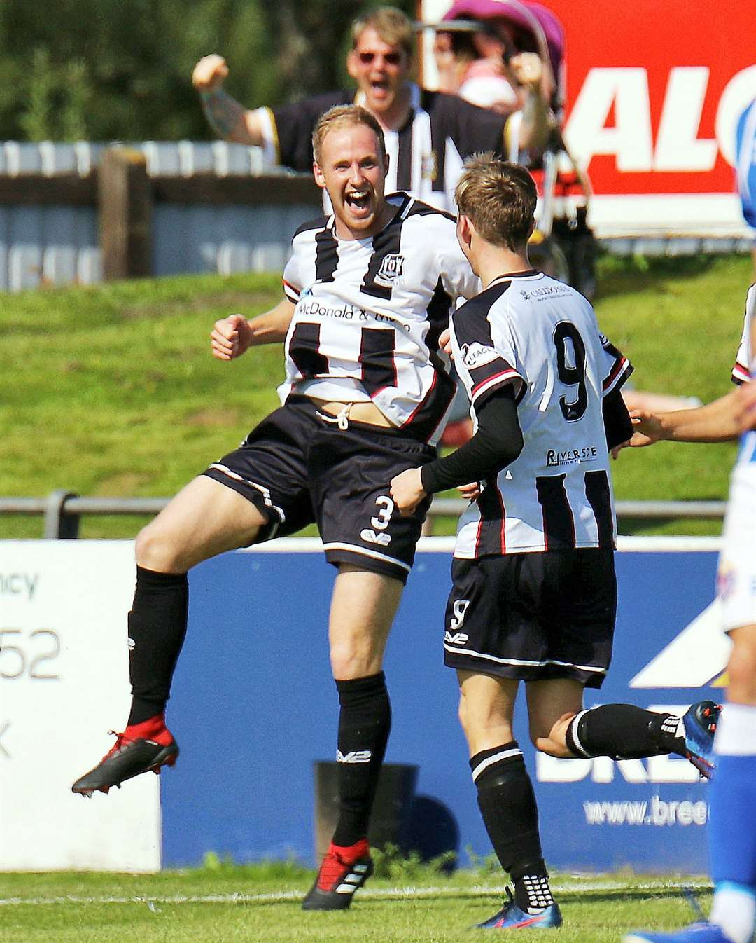Elgin defender Euan Spark celebrates his goal against Stirling. Photo: Bob Crombie